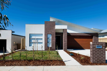 gungahlin-landscaper photo