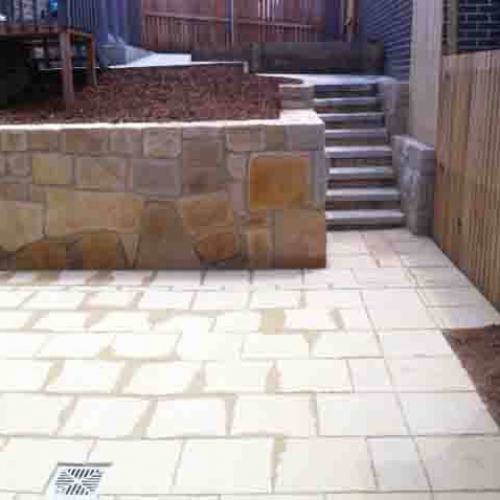 Residential Paving & Retaining Wall Canberra Photo